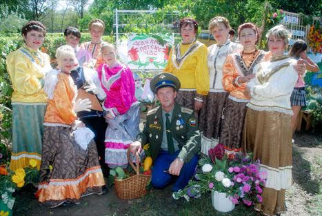 на Празднике цветов, который проходил в парке им. 50-летия ВЛКСМ