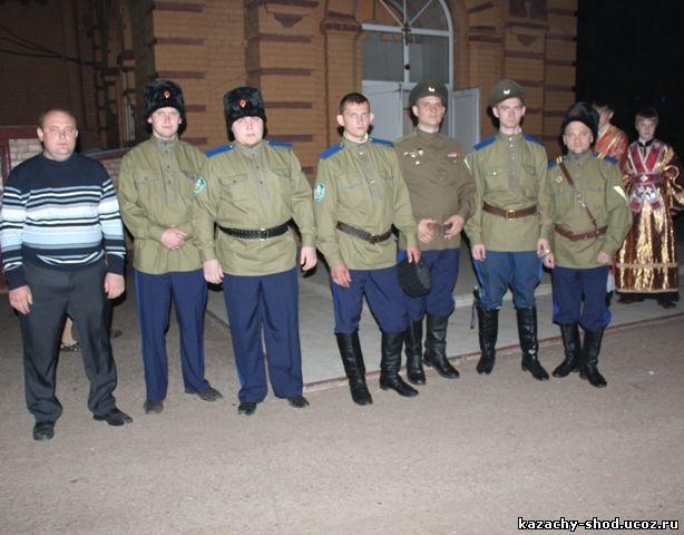 Бузулукские казаки на Пасху в Никольском кафедральном соборе города Бузулука